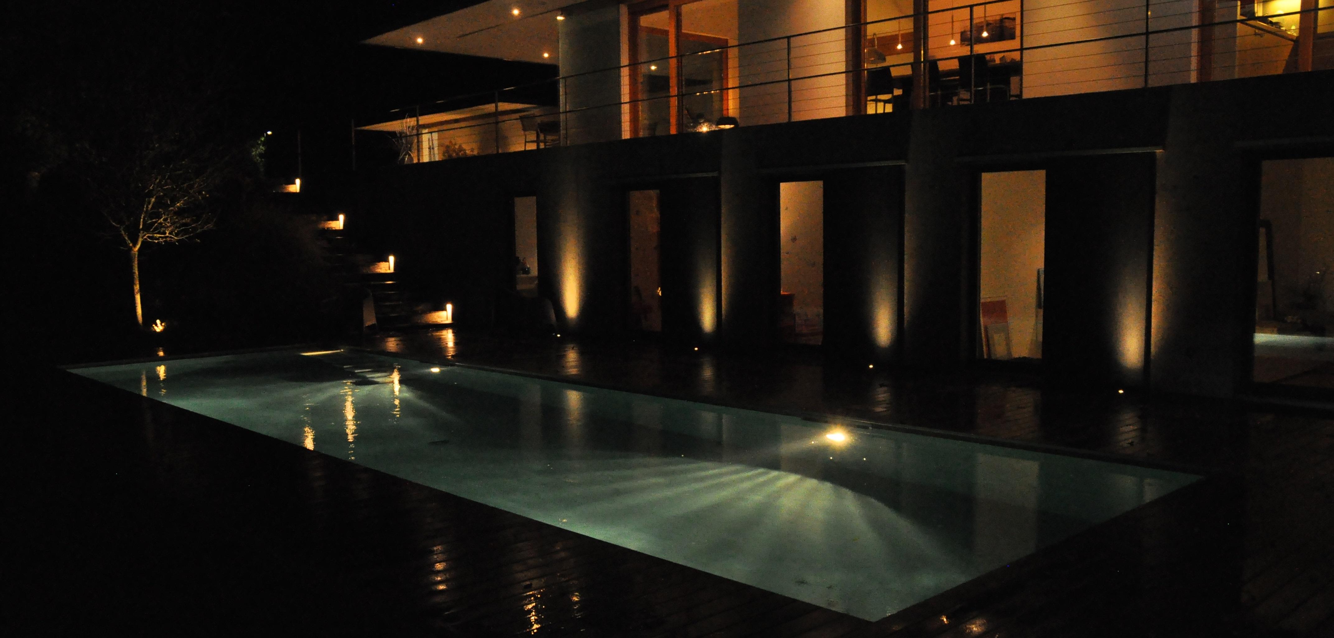 R alisations piscines bertrand for Image piscine miroir