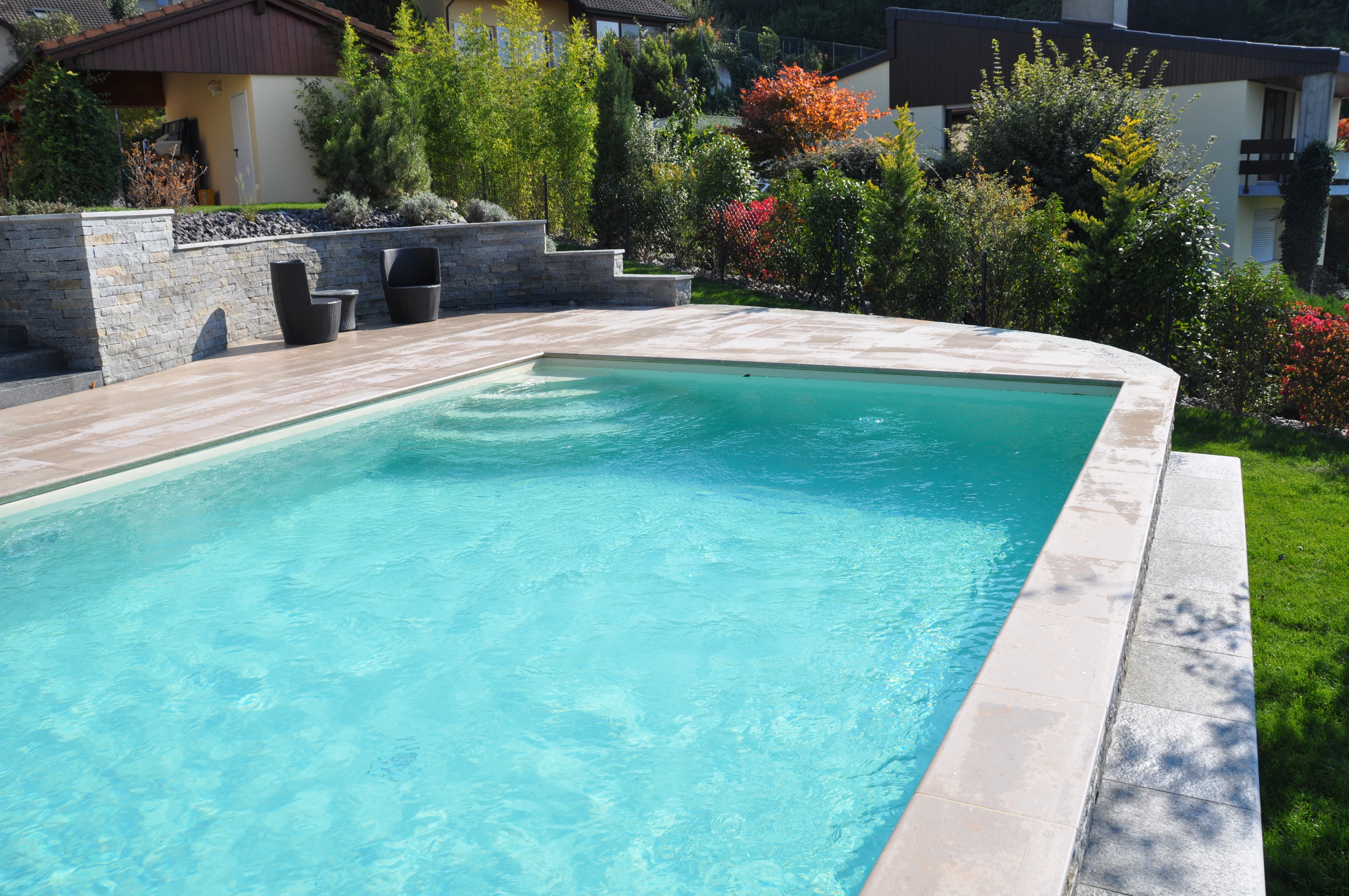 Piscine autoportante piscines bertrand for Piscina autoportante